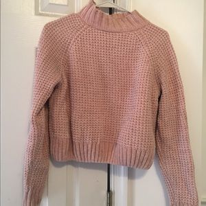 DIVIDED by H&M pink velvety sweater